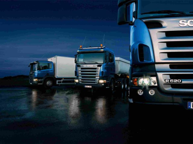 http://www.gisans.it/wp-content/uploads/Three-trucks-on-blue-background-640x480.jpg